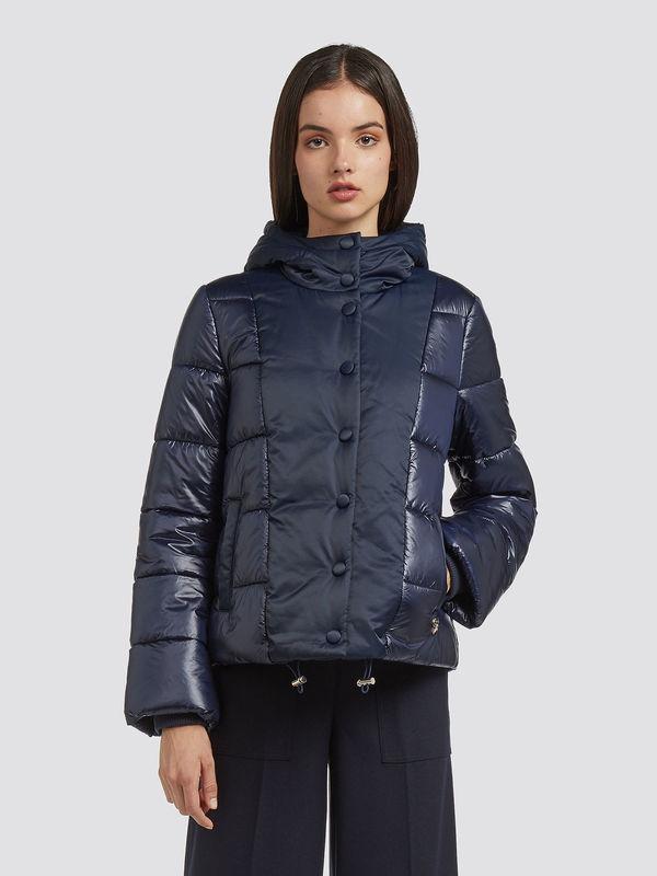 Short-regular-fit-down-jacket-with-hood_TRUSSARDI-JEANS_50_01_8057735571895_F