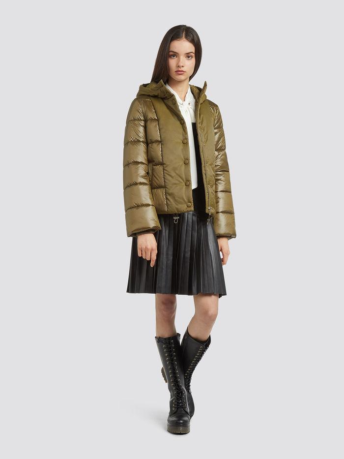 Short-regular-fit-down-jacket-with-hood_TRUSSARDI-JEANS_50_07_8057735571468_L